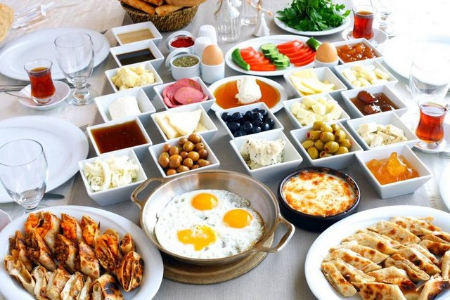 Çalışan aileler için hazırlanması kolay 10 yemek tarifi... 10