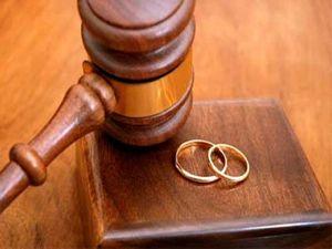 Boşanma nedenlerinin başında sosyal medya geliyor