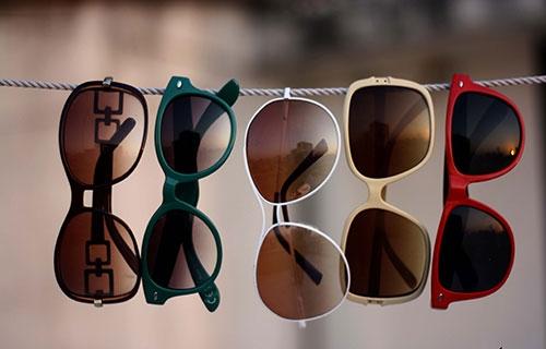 Doğru güneş gözlüğünü seçmenin yolları 1