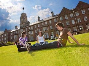 Dünyanın en iyi küçük üniversiteleri
