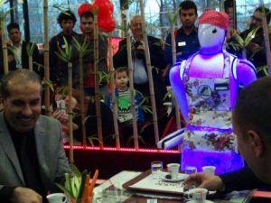 Buyrun ben robot ne isterdiniz!