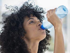 Boş mideye 4 bardak su içerseniz...