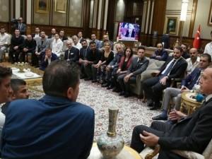Ünlü isimler Erdoğan'ı ziyaret etti