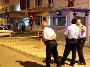Polis memuru nöbet kulübesinde intihar etti
