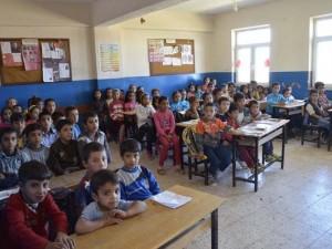 140 öğrencili okulda tek öğretmen