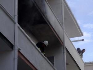 Öğrencilerin kaldığı apartta yangın