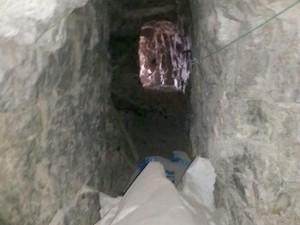 Hakkari'de çelik kapılı fanlı PKK mağarası