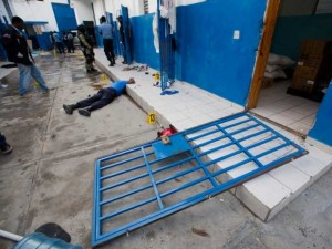174 mahkum hapisten kaçtı