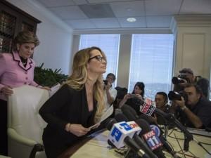 Trump'tan porno yıldızına cevap