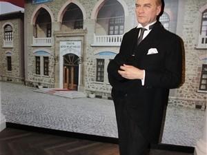 Dünyanın en ünlü balmumu heykeli müzesi İstanbul'da !