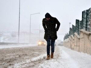 Doğu'da kar esareti