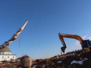 Bilecik'te minare böyle yıkıldı