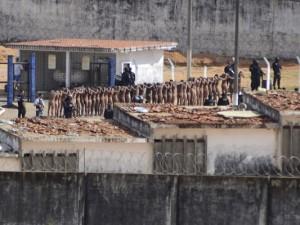 26 mahkumun başları kesilerek öldürüldü
