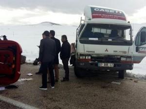 Hakim, savcı eşi ve 2 çocuğu kaza geçirdi