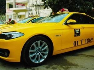 230 bin liralık otomobili taksi yaptı