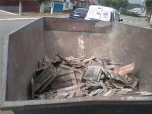 Poşete koyup çöpe attılar