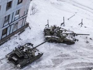Rusların saldırısı altındaki kasaba boşaltılıyor