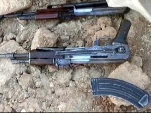 DEAŞ'lı 4 terörist bombayla yakalandı