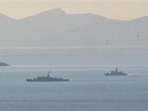 Türk ve Yunan savaş gemileri karşı karşıya geldi
