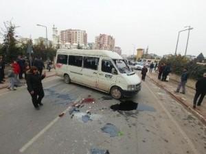 Konya'da dehşet anları ! Öğrenci minibüsü devrildi