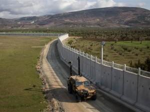 Kobra 2'ler sınırda göreve başladı
