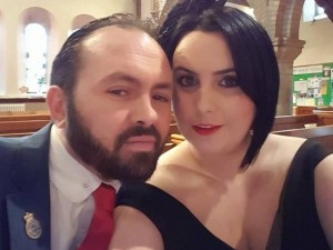 İngiliz polisin eşinin seks işçiliği yapmasına onay verdiler