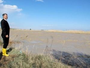 Silifke'de tarım arazileri sular altında !