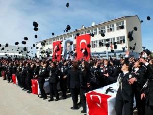 Türkiye'de 9 bin 213 polis yemin etti