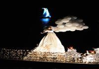 Seyhan Nehri Üzerindeki Tiyatro Festivalinin Açılış Gösterisi Büyüledi