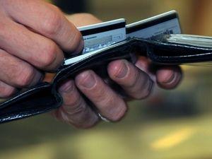 Kredi kartı limitleri donduruldu !