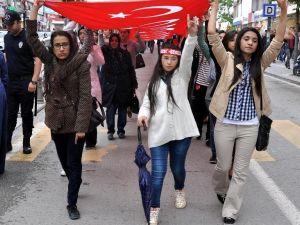 Sivas Ve Tokatta Bayrağa Saygı Yürüyüşü