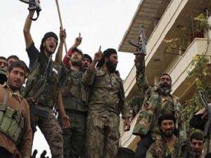 ''IŞİD'i fena kazıkladık'' mesajı Twitter'ı salladı !