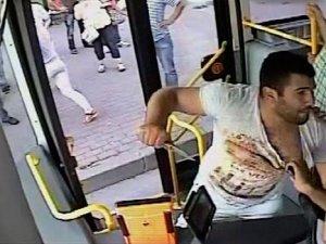 Belediye otobüsünde dehşet anları !