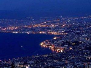 İstanbul - İzmir arası 6.5 saate iniyor