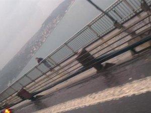 Köprüde intihar girişimi !