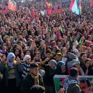 Kobani'ye geçmek isteyenlere müdahale