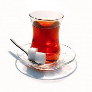 10 TL'lik çay başlarına bela oldu