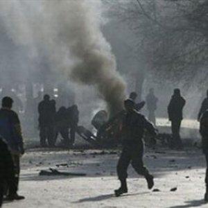 HDP'nin yürüyüşünde polise saldırdılar !