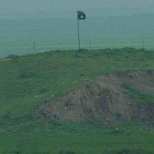 IŞİD Türkiye sınırında !