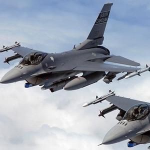 F-16'lar Suriye sınırında !
