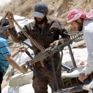 Suriye'de bir kale daha düştü !