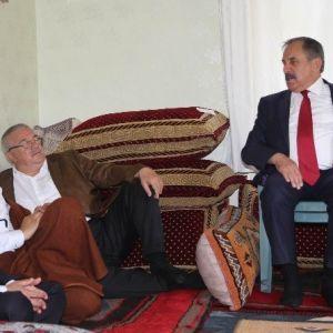 Ensarioğlu Bağlar'da Seçmenlerle Bir Araya Geldi haberi