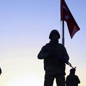 Sınırdaki komutanlar Ankara'ya çağırıldı !
