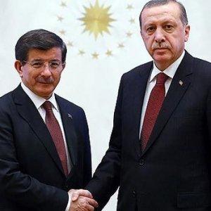 Erdoğan ve Davutoğlu görüşmesinin saati değişti