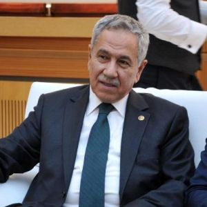 Arınç: 'AK Parti her an hazır olmalı'