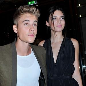Genç kızlar dikkat ! Justin Bieber Türkiye'ye geliyor