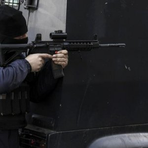 PKK'dan iki ayrı saldırı: 4 terörist öldürüldü, 3 polis yaralı