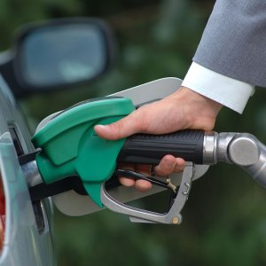 Benzine 7 kuruşluk indirim