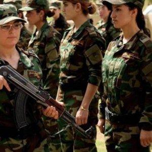 Yezidi kadınlar IŞİD için silahlandı