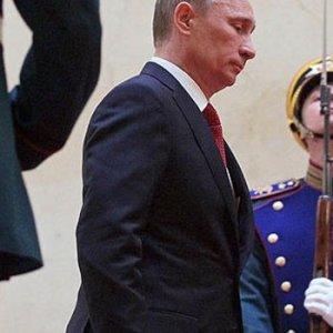 Putin'in zor kararı.. Tükürdüğünü yalayacak mı ?